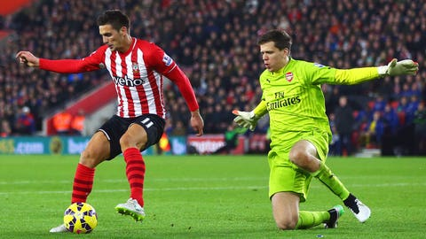 Familiar frailties cost Arsenal dearly at Southampton