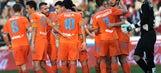 Valencia earn third straight win thanks to Piatti's heroics at Cordoba