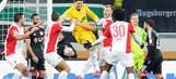Augsburg keeper scores last-gasp equalizer vs. Bayer (VIDEO)