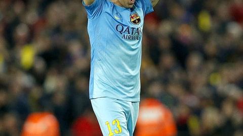 Claudio Bravo: Barcelona (GK)