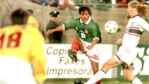 February 15, 1998: El Tri win third-straight Gold Cup trophy