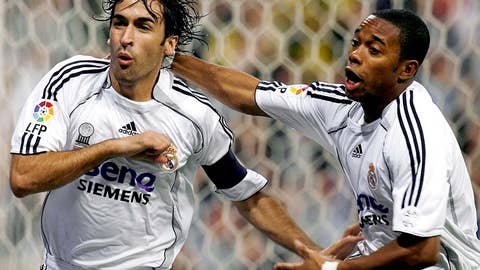 Oct. 22, 2006 — Real Madrid 2-0 Barcelona | Raul and Ruud On Target