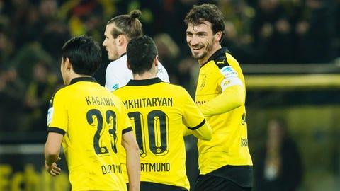 Hummels delivers for Dortmund