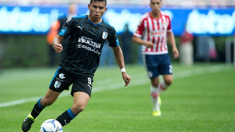 Orbelin Pineda: Querétaro to Chivas