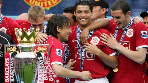 Grasping Premier League trophy for first time (May 13, 2007)