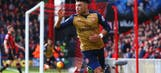Klopp targets Arsenal duo Oxlade-Chamberlain, Szczesny