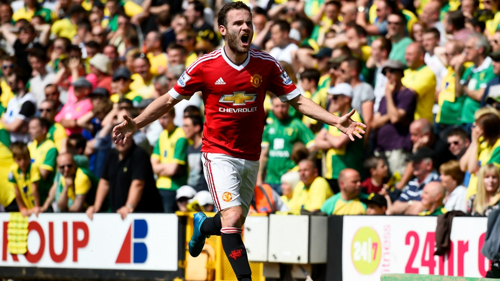 Mata strike sinks Norwich as United close on top four spot