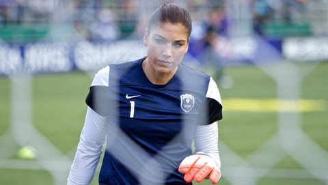 Overshadowed by controversy, the Seattle Reign are surprisingly average