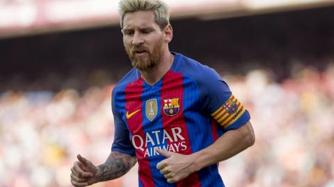 Lionel Messi, Barcelona (93 overall)