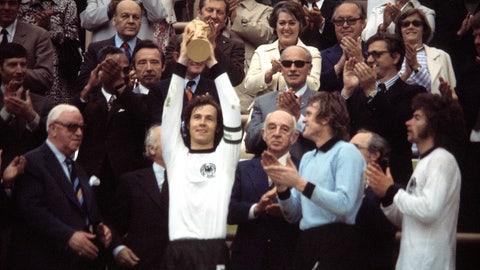 Franz Beckenbauer joins 1860 Munich in 1958 instead of Bayern Munich