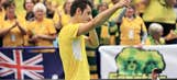 Bernard Tomic defeats Lukas Rosol to move Aussies past Czechs