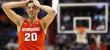 Syracuse's Tyler Lydon hits a 3-pointer after losing one of his shoes
