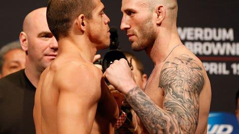 UFC on FOX: Werdum vs. Browne weigh in