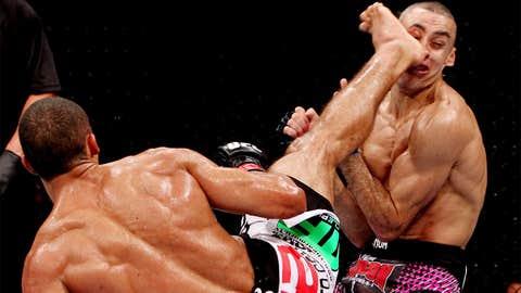 Edson Barboza uses first ever wheel kick KO to finish Terry Etim