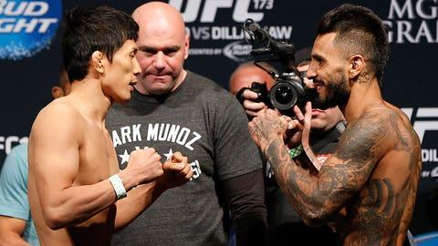 UFC 173 Weigh-In