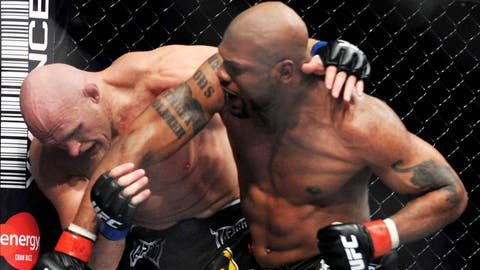 Rampage battles Keith Jardine