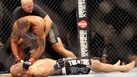 Rampage finishes off Wanderlei Silva