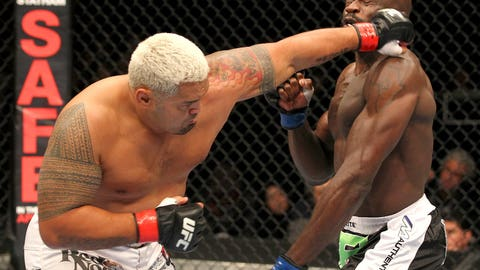 Mark Hunt vs. Cheick Kongo at UFC 144