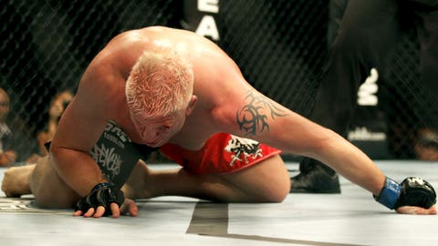 Mark Hunt vs. Chris Tuchscherer at UFC 127