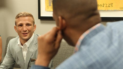 TJ Dillashaw takes his belt back to Northern California