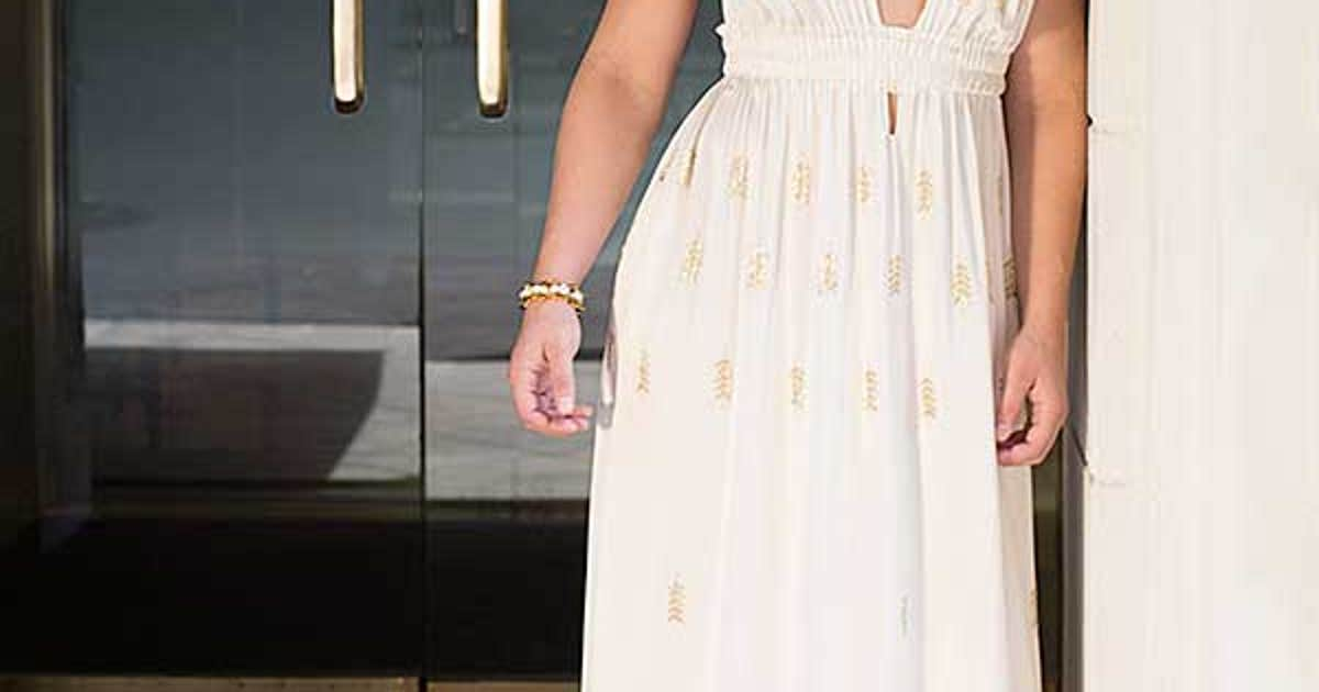 Jessica Eye Talks Body Image Issues With Cosmopolitan