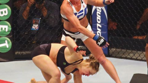 Nov. 14 -- Down goes Ronda Rousey!