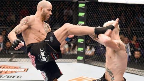 Court McGee vs. Ben Saunders