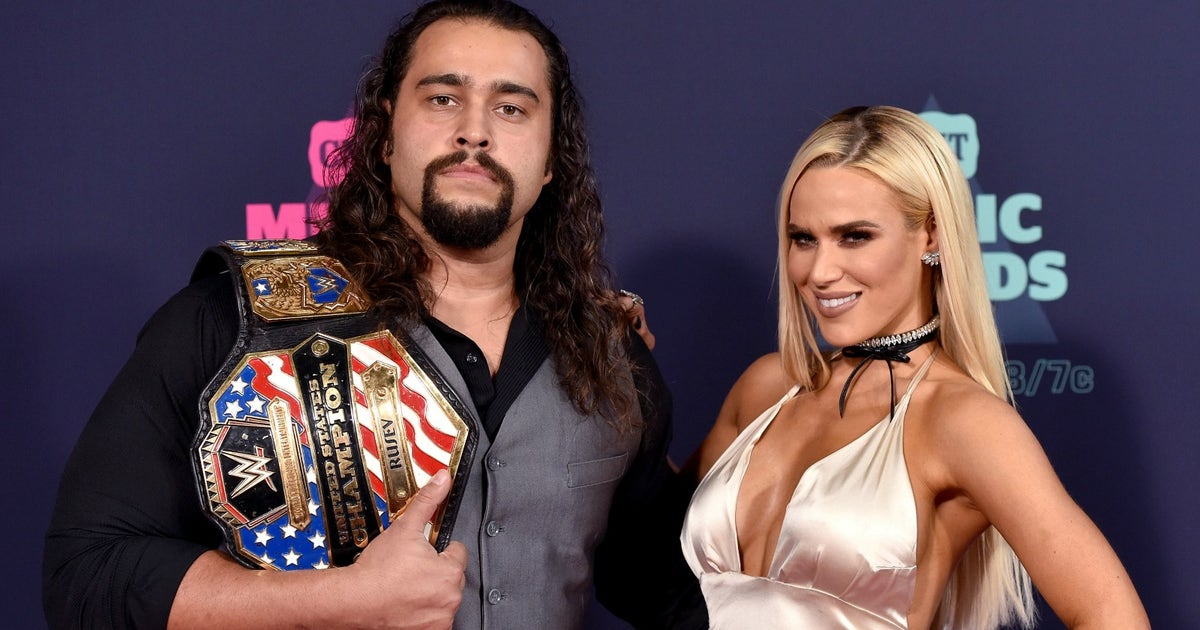 Are lana and rusev still dating in real life