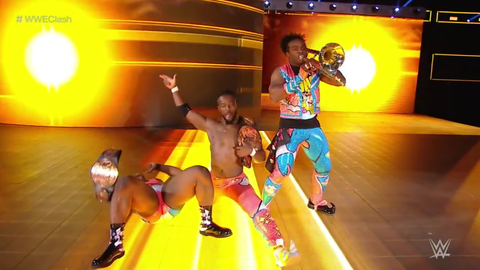The New Day defeats Luke Gallows and Karl Anderson to retain the Raw Tag Team Championship