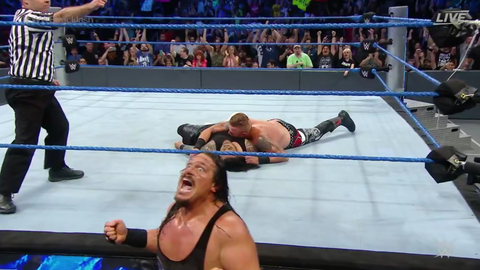 Heath Slater and Rhyno defeat the Usos to win the WWE SmackDown Tag Team Championship