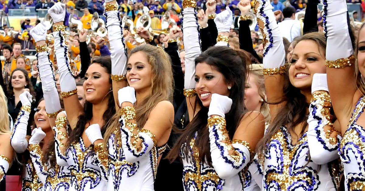 A Sandstorm In Baton Rouge Lsu Band To Recreate Sc S