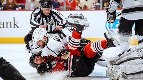 Hockey fight!