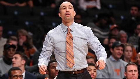 Shaka Smart (Texas head coach)