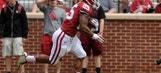 Oklahoma's Joe Mixon returns kickoff 97 yards for a touchdown
