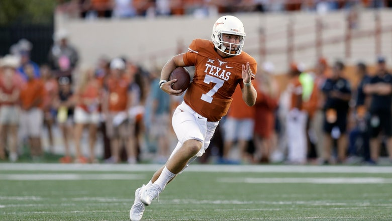 Texas QB Buechele to have surgery on torn hip muscle