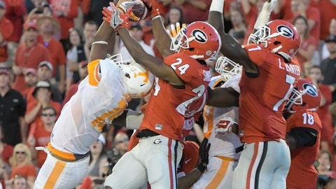 Tennessee wins by Hail Mary against Georgia