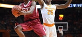 Arkansas uses 3-point attack to beat Tennessee 75-65
