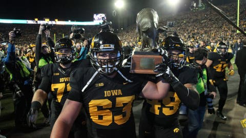 Music City Bowl: Georgia vs. Iowa