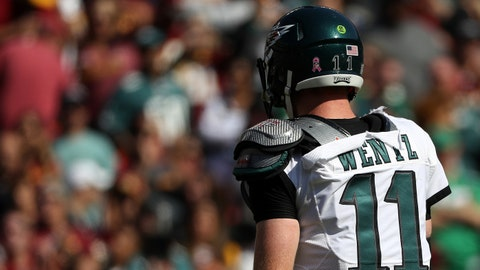 Philadelphia Eagles: Wentzwagon needs help