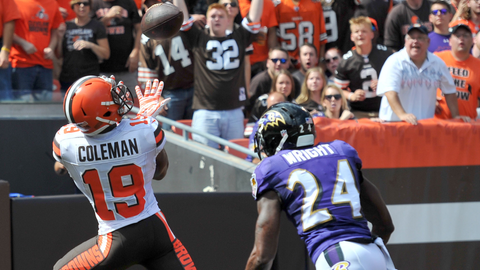 Browns offense erupts early against Ravens