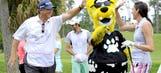 The Fringe: Jacksonville Jaguars mascot Jaxson takes on PGA Tour pros