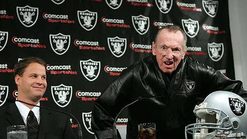 Oakland Raiders coach