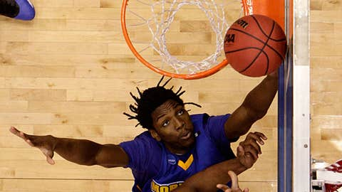 Kenneth Faried, 6-8, 230, PF, Sr., Morehead State