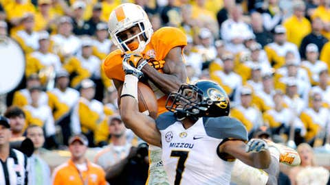 Tennessee wide receiver Justin Hunter (11) misses a pass on the goal line as Missouri's Randy Ponder (7)