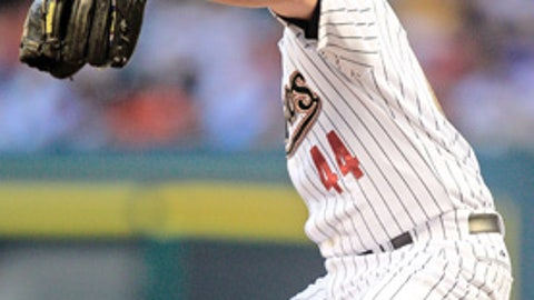 Houston should trade RHP Roy Oswalt