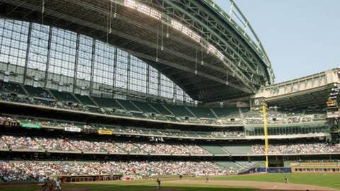 Milwaukee Brewers — Miller Park