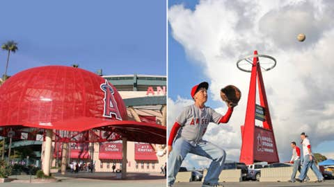 Los Angeles Angels — Angel Stadium of Anaheim