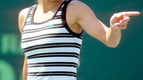 "Anna Kournikova, ""The Biggest Loser"""