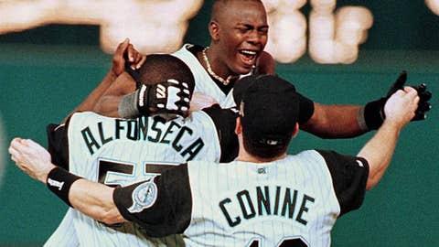 Edgar Renteria — 1997 World Series, Game 7