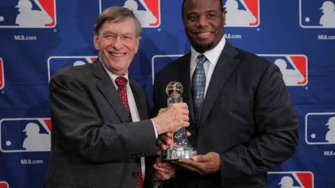 Commissioner's Historic Achievement Award — Ken Griffey Jr.